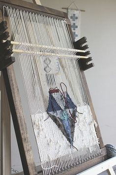 Weaving How To: Setting Up Heddle Rods & Leashes