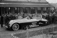 """El Sunbeam 1000HP, popularmente conocido como """"La Babosa"""" logró el récord mundial de velocidad y fue construido en Wolverhampton, Inglaterra."""