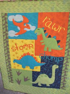 Dinosaurs stomp baby or child quilt gender neutral baby patchwork quilt, bo Baby Patchwork Quilt, Boy Quilts, Quilt Baby, Applique Quilts, Baby Sewing Projects, Quilting Projects, Neutral Quilt, Baby Dinosaurs, Panel Quilts