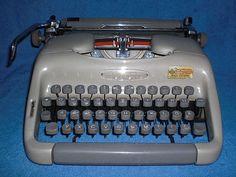 Vintage portable typewriter Voss mechanische von nostalgiehauscom
