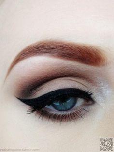 7 makeup tricks for blue eyes
