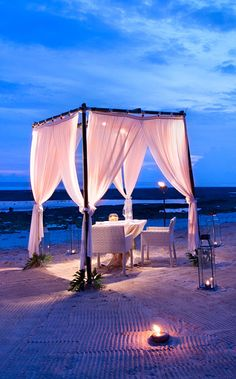 romantic beach dinner....