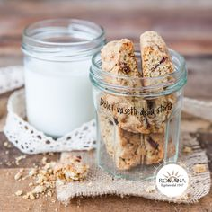 "Why not keep biscuits in one of our ""Dolci vasetti della storia"". These are ideal to take with your wherever you go for a delicious snack or a handy breakfast on the move."