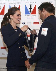 Duchess of Cambridge presents a prize at America's Cup World Series - Blazer: Zara, Shirt: Me + EM, Jeans: Zara, Wedges: Stuart Weitzman, Earrings: Annouska