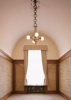 東京都庭園美術館本館の各室について Grand Hall, Tokyo, Prince, Art Museum, Interior Decorating, Ceiling Lights, Mirror, Architecture, Room