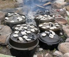 15 Secrets to Dutch Oven Cooking -- Dutch oven cooking isn't just for camping, It is also a great way to cook during a power outage, and they can be used in your conventional oven too. Cast iron not only conducts heat great, but it also fortifies your foo Fire Cooking, Cooking 101, Cast Iron Cooking, Oven Cooking, Outdoor Cooking, Skillet Cooking, Outdoor Food, Outdoor Stuff, Cooking Classes