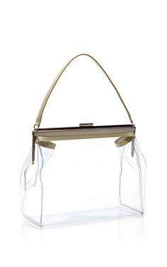 20 mochilas y bolsos transparentes que morimos por usar esta primavera