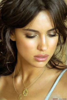 Love this look.. sexy yet subtle makeup / Model: Irina Shayk