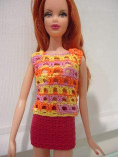 This hub is a free crochet pattern for a Barbie lace casual top and a mini skirt. It is worked separately so it can be paired with other pieces.