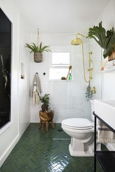 A Few Decor Swaps Turned This 5-by-7 Bathroom Into a Hammam Spa Bathroom Spa, Simple Bathroom, Bathroom Ideas, Bungalow Bathroom, Moroccan Bathroom, Bathroom Makeovers, Master Bathroom, Ikea Hemnes Bed, Ikea Lighting