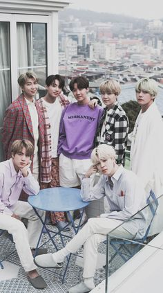 Jimin is mad b Yoongi has his arm around Hoseok, Taekook is holding hands, and Jin is mad bc Namjoon doesn't have his arm around him. Bts Taehyung, Bts Bangtan Boy, Bts Jimin, Namjoon, Btob, Foto Bts, Jin, Les Bts, Bts Group Photos