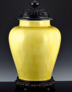 VERY RARE MASSIVE c1650 CHINESE KANGXI IMPERIAL YELLOW GLAZED JAR VASE LID STAND Art Watch, Chinese Art, Asian Art, Glaze, Jar, Ceramics, Yellow, Antiques, Statues
