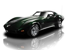 """1974 Chevrolet Corvette ~ This is the car I need to be driving to my Box Seats at Autzen Stadium. """" ~ Dreamin' is allowed. Corvette Summer, Chevrolet Corvette Stingray, Vintage Cars, Antique Cars, Hot Cars, Car Pictures, Luxury Cars, Dream Cars, Chevy"""