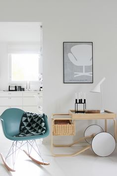Vaihtelevasti Valkoista // Eames Rar / Ferm Living Remix / Artek 900 / Louis Poulsen / Arne Jacobsen / Aj table / By Lassen Kubus