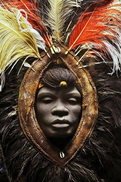 © Image: www.afrostylemag.com. Vista la grande disponibilità di tutti e la vasta scelta a disposizione, icoloridellafrica seleziona solo gli scatti più rappresentativi e di qualità di un'Africa, forse meno conosciuta, ma viva più che mai... Venite a scoprirla...