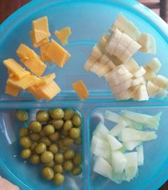 Finger food ideas to feed a 1 year old fingers lunch meals and tables forumfinder Image collections