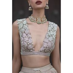 Looking for the perfect blouse design for your lehenga to take inspiration from? Then there are so many gorgeous options out there, that it might just be too much to handle! A lot of brides think it i. Bridal Blouse Designs, Blouse Neck Designs, Lengha Blouse Designs, Photo New, Stylish Blouse Design, Lehenga Blouse, Sabyasachi, Couture, Casual
