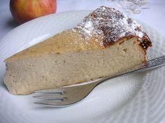 Apfelmus - Quark - Kuchen, ein sehr leckeres Rezept mit Bild aus der Kategorie Kuchen. 84 Bewertungen: Ø 4,1. Tags: Backen, einfach, Kuchen, Schnell