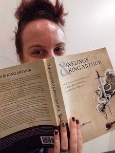 Laurel    @LMMichalek  @SorinaHiggins I thought I'd have to give it up, but I ended up with #InklingsandArthur! 🤗 #Mythmoot