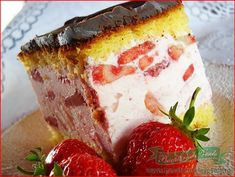 You searched for prajitura cu iaurt si capsuni - Bucataresele Vesele Russian Desserts, Romanian Food, Home Food, Special Recipes, Cheesecakes, Bakery, Deserts, Dessert Recipes, Food And Drink