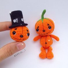 Amigurumi Frankie the Frankenstein This is an Amigurumi Frankie the Frankenstein Crochet Pattern, not a finished toy. Crochet Pumpkin, Crochet Fall, Holiday Crochet, Crochet Animal Amigurumi, Crochet Monsters, Amigurumi Doll, Halloween Crochet Patterns, Crochet Patterns Amigurumi, Kawaii Crochet