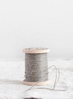 Image of linen thread spool