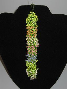 Roseann Straub's English Garden Bracelet (Beads)