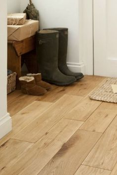 Muddy boots deserve a nice place to rest 🧡 Product: HDF165LAC1 🛒 Order your FREE samples today 👉 flooring365.co.uk Engineered Wood Floors, The Good Place, Engineering, Flooring, Rustic, Boots, Country Primitive, Crotch Boots, Wood Flooring