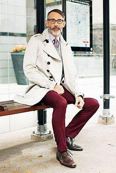 50代男性のボルドーパンツ×コート コーディネート(メンズ)   Italy Web