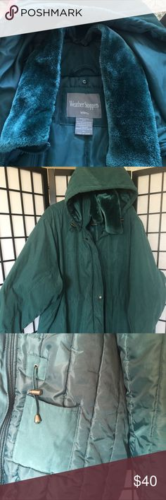 Weather Stoppers Totes Size 6X Quilted weather stoppers Parka two outside pockets in front, and four on the inside. Also has a drawstring at the waist. Zippers and buttons in the front.  Faux Furr at the neckline that is detachable. Also a detachable hood. Totes Jackets & Coats