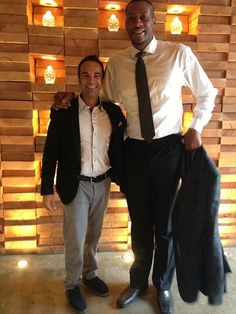 Look who stopped by Cibo Wine Bar on King West, former Raptor's star player, Jamaal Magloire.