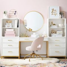 Home Office Design, Home Office Decor, Office Ideas, Cute Office, Pink Office Decor, Chic Apartment Decor, Room Ideas Bedroom, Desk In Bedroom, Pink Bedroom Decor