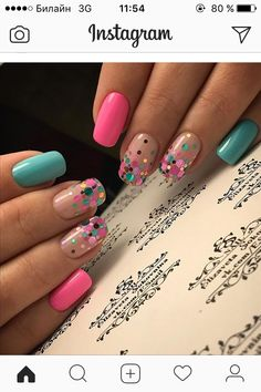 60 Polka Dot Nail Designs for the season that are classic yet chic Since Polka dot Pattern are extremely cute & trendy, here are some Polka dot Nail designs for the season. Get the best Polka dot nail art,tips & ideas here. Fancy Nails, Pink Nails, Cute Nails, Pretty Nails, Pretty Toes, Gorgeous Nails, French Pedicure, Pedicure Nail Art, Nail Nail
