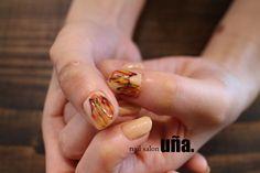 火の鳥-fire bird- 福岡のネイルサロンウーニャ#福岡#ネイル#ワンカラーネイル#火の鳥#nail#nailart http://www.nailsalonuna.jp