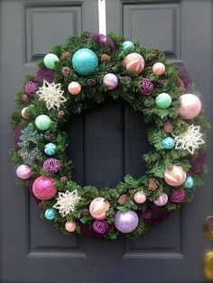 Color stimulating wreath   Stay At Home Mum
