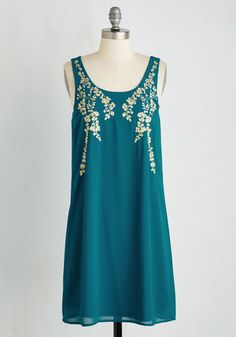 Everything Exquisite Dress in Teal