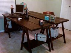 Simple Sawhorse Table - anybody could do this! Love it!