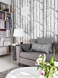 Black and white cushions with clashing print? Great wallpaper? Yes.