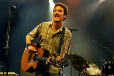Just discovered this guy at a recent show I went to, Frank Turner. Right Brain, Will Turner, Eye Candy, Singer, Guys, Awesome, Board, Music, Face