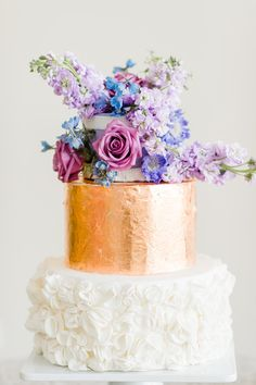 copper wedding cake, photo by Caroline Lima Photography http://ruffledblog.com/notwedding-charlotte #weddingcake #cakes #metallic