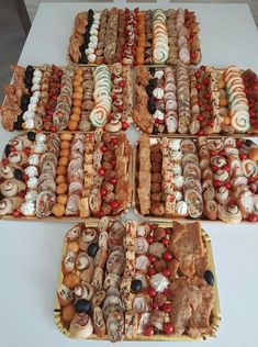 Food Platters, Canapes, Tis The Season, Cookie Recipes, Catering, Food And Drink, Easter, Buffets, Holiday Decor