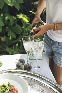 Champagne al Fresco Party Mottos, Champagne, Brunch, Plum Pretty Sugar, Le Diner, Food Design, Happy Day, Happy Hour, Summer Time