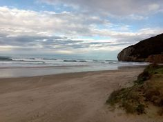 09/01/16 Tarde de viento y oleaje en la playa de Berria. ¡Santoña te espera!
