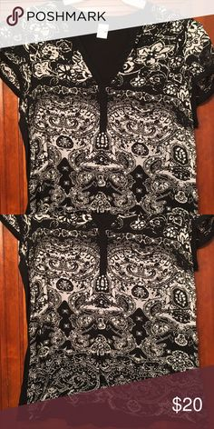 Embellished blouse/ tunic top Lots of bling and sequins! Lots of detail and rhinestones. Very pretty! Bila Tops Tunics