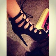 Lola Fab Shoes, Dream Shoes, Crazy Shoes, Shoes Heels, Shoe Boots, Your Shoes, Cute Shoes, Me Too Shoes, High Heels