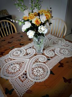Bruges Lace crochet rectangular tablecloth