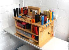 Garage Organization Tips, Garage Tool Storage, Workshop Storage, Garage Tools, Diy Garage, Wood Jig, Tool Tote, Knife Making Tools, Mechanic Shop