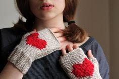 WINTER SALE... heart gloves stone beige gloves by beyazdukkan, $23.40