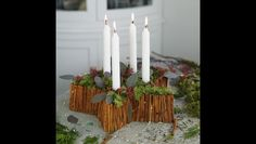 Adventskranz mit Zimtstangen selber machen In less than 3 weeks is the first Advent, time to worry about the Advent wreath. This year I have a very special Advent wreath and although he has a border of cinnamon sticks. Christmas Flower Decorations, Christmas Wreaths, Christmas Crafts, Xmas, Make Your Own, Make It Yourself, Advent Wreath, 242, Decorating Small Spaces