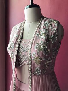 Pink embroidered jacket crop top by Bhumika Sharma. Planning to do your wedding shopping this month? Then you need to make note of these Designer Bridal Sale that are happening both online and in store. Indian Dress Up, Indian Attire, Indian Wear, Lehenga Gown, Lehnga Dress, Saree, Anarkali, Indian Wedding Outfits, Indian Outfits